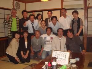同級生島根から帰省、当時のままの仲間が集う