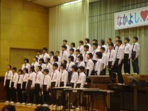 さすが最上級生、合奏と歌で会場魅了の6年生