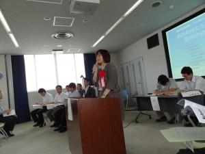 和嶋未希衆議院議員が国政報告を含む激励の挨拶