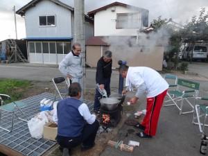 隣組恒例芋煮会美味しさでは山形特大鍋に負けない自身有